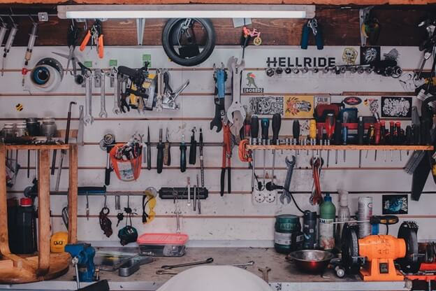 Work station for your garage remodeling project